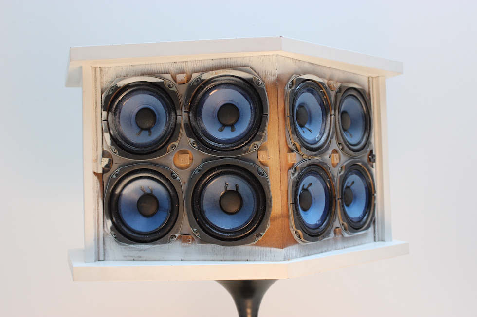 Bose 901 II Rückseite mit Lautsprechern